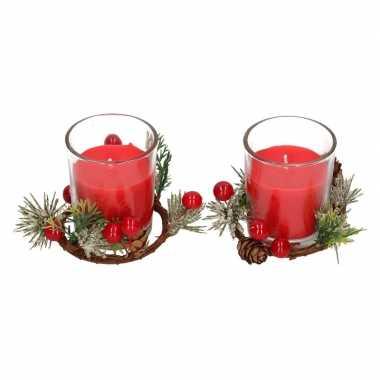2x kerststukje cadeau met waxinelichthouder rood 6 cm