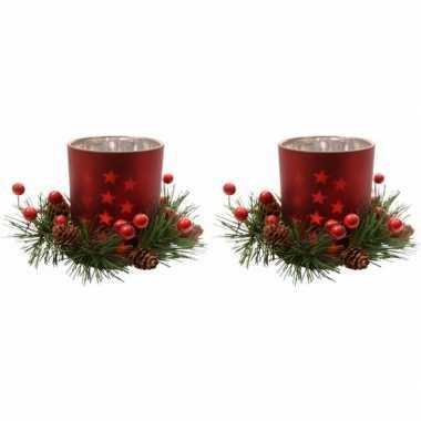 2x kerststukje rode waxinelichthouders 8 cm