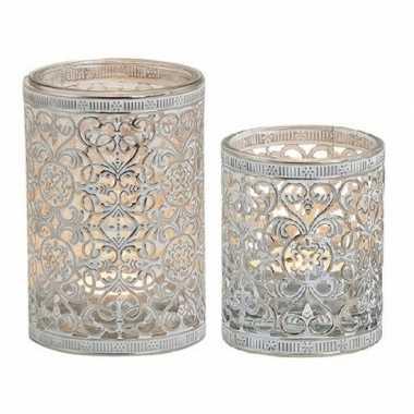 2x waxinelicht/waxinelicht houders zilver antiek 7 en 12 cm