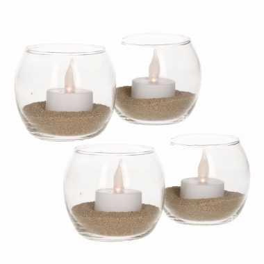 4 waxinelichthouders met goud zand en led lichtjes