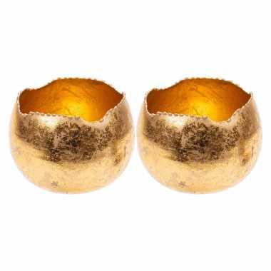 Set van 2x stuks waxinelichthouders/waxinelichthouders goud metaal 9 cm