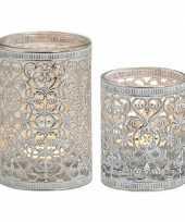 2x waxinelicht waxinelicht houders zilver antiek 7 en 12 cm