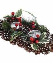 Kerststukje met waxinelichthouders 34 cm